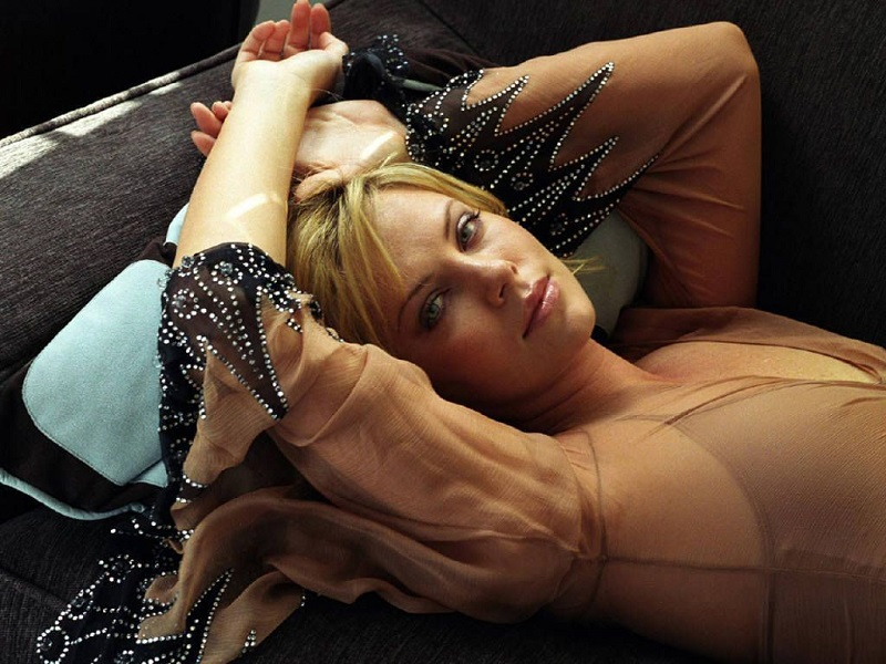 Charlize Theron Height